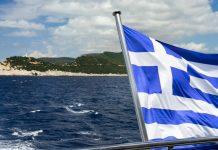 řecká vlajka na lodi